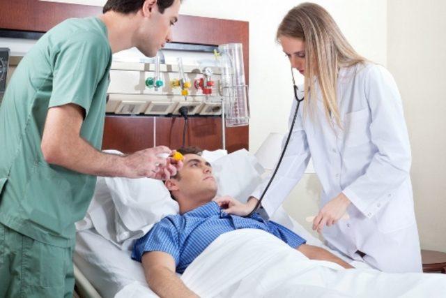 Возникающий в любом возрасте инсульт – это острая форма патологических нарушений мозгового кровообращения