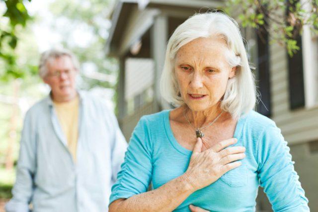 Многим больным показана консультация эндокринолога