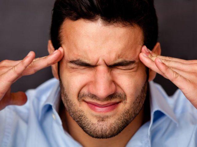 Лишь при обширных очагах ишемии могут наблюдаться более тяжелые нарушения сознания