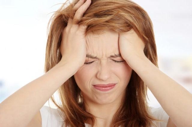 Одной из основных причин нарушения кровообращения, следовательно, питания различных мозговых структур, является тромбоз сосудов головного мозга