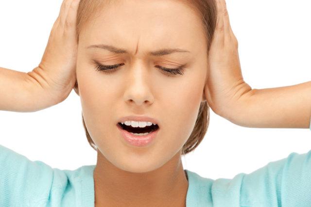Весьма часто перечисленные симптомы совмещаются с депрессией, ощущением тревоги, повышенной раздражительностью