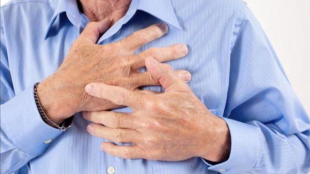 В ряде случаев нами наблюдалось течение такого инфаркта без осложнений, и больные полностью восстанавливали свою работоспособность