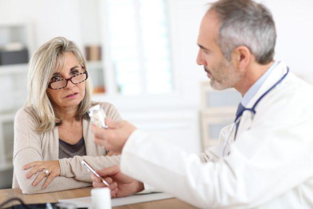 При инфаркте миокарда показана экстренная госпитализация в кардиологическую реанимацию