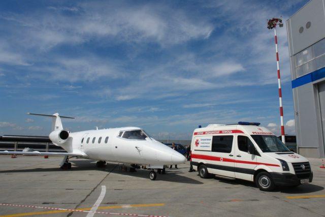 Помимо этого, все назначения врача накануне полета должны выполняться с особой точностью, это касается приема аспирина, антиаритмических, гипотензивных средств