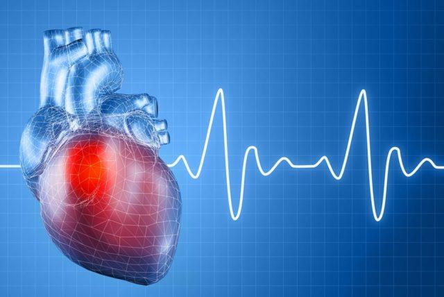 Данное отклонение отлично видно во время проведения кардиограммы сердца, также его можно прослушать при помощи стетоскопа у терапевта