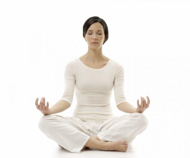 Упражнения в основном комбинированные и включают в себя не только лишь сами физические нагрузки, но и правильное, глубокое дыхание