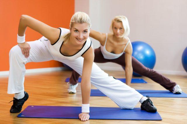 Перед началом тренировки желательно совершить растяжку, так сказать подготовить мышцы к нагрузке