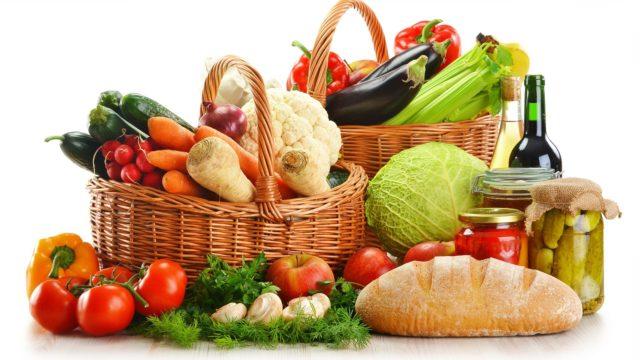Ввести в рацион нужно продукты богатые калием, кальцием, а также магнием
