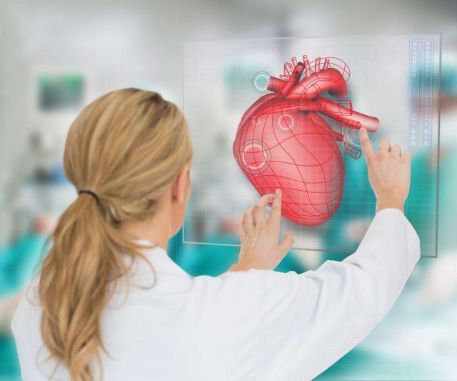 Сочетание уже имеющейся аритмии с приемом алкоголя у некоторых людей может привести к развитию серьезных патологий сердца, а иногда к внезапному летальному исходу