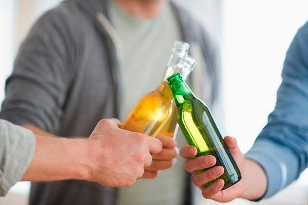 Ошибочно думать, что прием спиртного в малых дозах не оказывает отрицательного воздействия на внутренние органы и системы человека