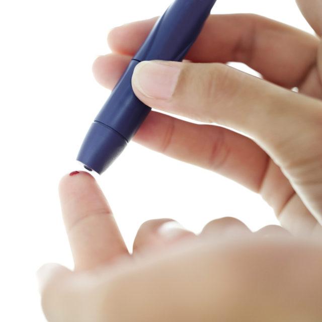 Установлено, что диабет способствует значительным изменениям крови, в результате чего она приобретает густую и вязкую консистенцию