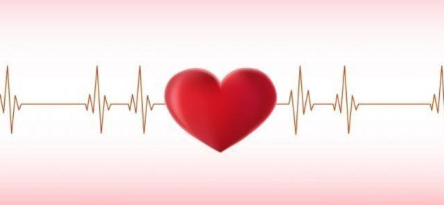 Врачи находят зону инфаркта, определяя ткани органа, просматривающиеся на отведениях ЭКГ