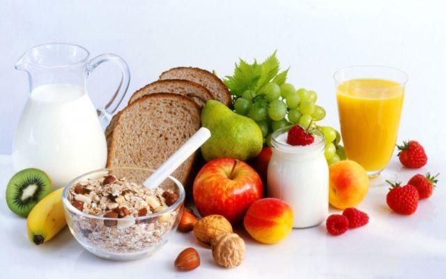 Включите в пищу продукты, богатые антиоксидантами, для защиты внутренней оболочки сосудов